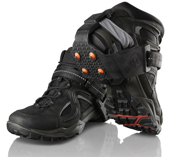 crampons pour chaussures crampons pour marcher sur la neige et le verglas. Black Bedroom Furniture Sets. Home Design Ideas